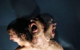 Причины, симптомы и лечение параноидального психоза